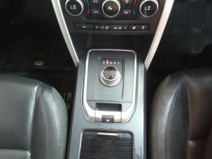 Land Rover Discovery Sport HSE SD4 - Image 13
