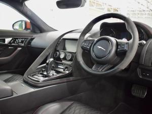 Jaguar F-Type SVR coupe AWD - Image 11