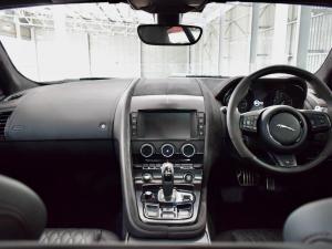 Jaguar F-Type SVR coupe AWD - Image 13