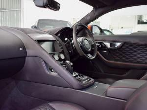 Jaguar F-Type SVR coupe AWD - Image 16