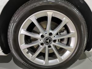 Mercedes-Benz A-Class A200 sedan Progressive - Image 3
