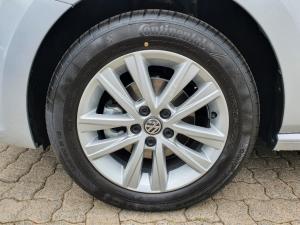 Volkswagen Polo Vivo hatch 1.4 Comfortline - Image 4