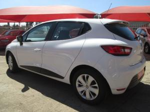 Renault Clio IV 900T Authentique 5-Door - Image 2