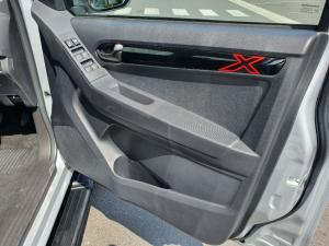Isuzu D-Max 300 3.0TD double cab X-Rider - Image 6