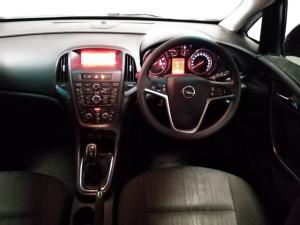 Opel Astra sedan 1.4 Turbo Essentia - Image 10