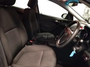Opel Astra sedan 1.4 Turbo Essentia - Image 9