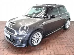 MINI Hatch John Cooper Works auto - Image 1
