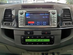 Toyota Fortuner 3.0D-4D 4x4 - Image 10