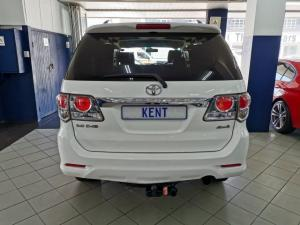 Toyota Fortuner 3.0D-4D 4x4 - Image 4