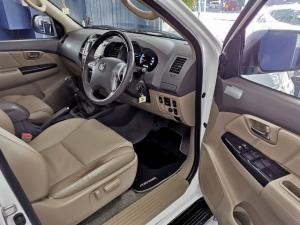 Toyota Fortuner 3.0D-4D 4x4 - Image 8