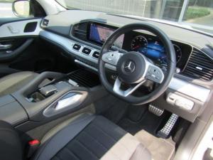 Mercedes-Benz GLE 400d 4MATIC - Image 11