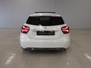 Mercedes-Benz A 220d Urban automatic - Image 5