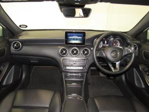 Mercedes-Benz A 220d Urban automatic - Image 9