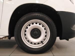 Opel Combo Cargo 1.6TD panel van - Image 13