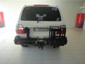 Toyota Land Cruiser 100 V8 automatic - Image 3