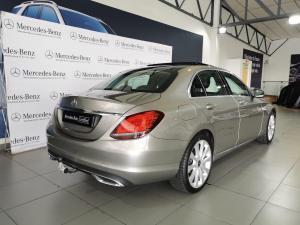 Mercedes-Benz C-Class C220d - Image 4