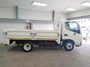 Toyota Dyna 150 Chassis Cab - Image 4