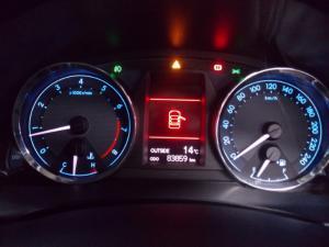 Toyota Corolla 1.8 Exclusive - Image 8