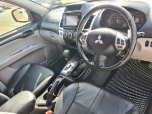 Mitsubishi Pajero Sport 2.5DI-D 4x4 auto - Image 10