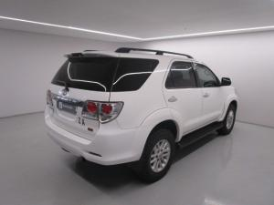 Toyota Fortuner 3.0D-4D Raised Body automatic - Image 10