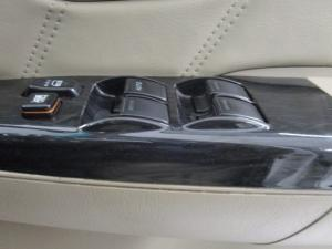 Toyota Fortuner 3.0D-4D Raised Body automatic - Image 18