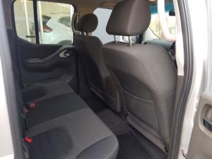 Nissan Navara 2.5dCi double cab 4x4 LE - Image 5