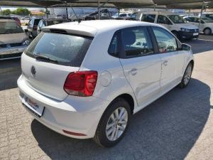 Volkswagen Polo Vivo hatch 1.6 Comfortline auto - Image 3