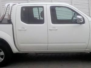 Nissan Navara 2.5dCi double cab XE - Image 11