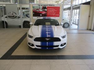 Ford Mustang 2.3T fastback - Image 2