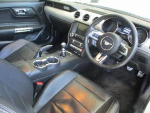 Ford Mustang 2.3T fastback - Image 5