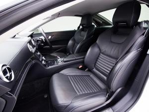 Mercedes-Benz SL 400 - Image 7