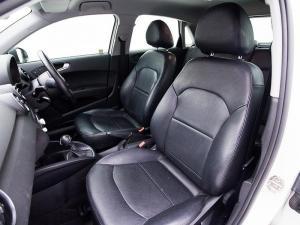 Audi A1 Sportback 1.0T FSi S Stronic - Image 7
