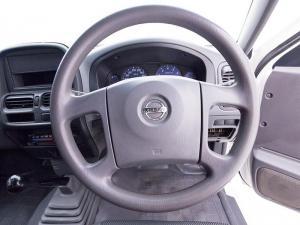 Nissan Hardbody NP300 2.0i LWBS/C - Image 12