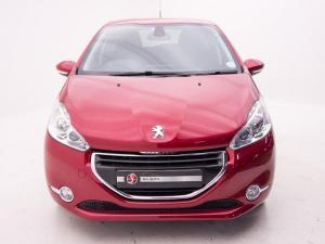 Peugeot 208 Allure 1.2 Puretech 5-Door - Image 3