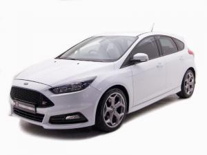 Ford Focus 2.0 Ecoboost ST1 - Image 1