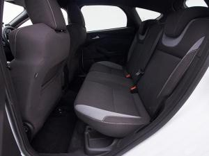 Ford Focus 2.0 Ecoboost ST1 - Image 9