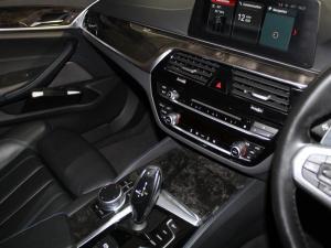BMW 520d M Sport automatic - Image 12