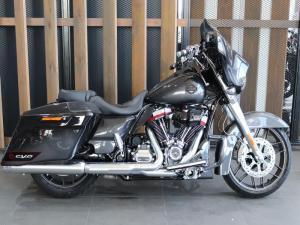 Harley Davidson CVO Street Glide - Image 1