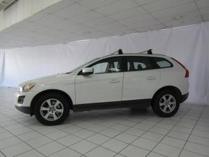 Volvo XC60 D5 Geartronic - Image 2