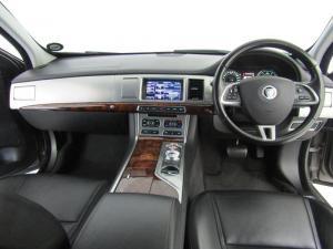 Jaguar XF 3.0 V6 Single Cab R-SPORT - Image 6