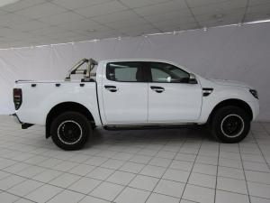 Ford Ranger 3.2TDCi XLT 4X4 automaticD/C - Image 3