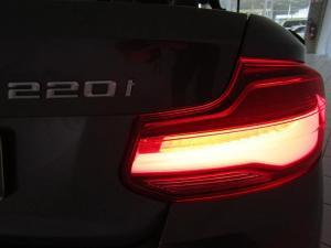 BMW 220i Convert M Sport automatic - Image 4