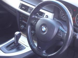 BMW 320i automatic - Image 5