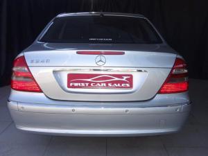 Mercedes-Benz E 240 Avantgarde - Image 4