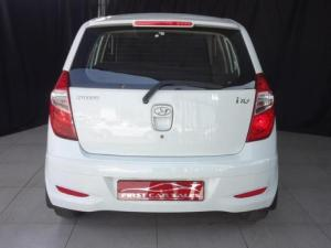 Hyundai i10 1.1 GLS/MOTION - Image 4