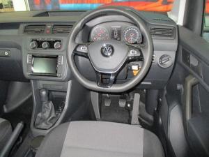 Volkswagen CADDY4 Crewbus 2.0 TDi - Image 6