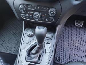 Jeep Cherokee 2.0T Trailhawk automatic - Image 12