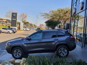 Jeep Cherokee 2.0T Trailhawk automatic - Image 3