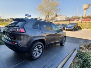 Jeep Cherokee 2.0T Trailhawk automatic - Image 8