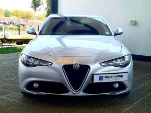 Alfa Romeo Giulia 2.0T Super - Image 2